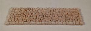 Chemin pavé rectiligne Cet élément peut s'adapter aux différents chemins (sinueux, coudés, croisée...) Prix: 2,5 € Dim: 22 x 6 x 0,8 cm Poids approximatif: 125 g